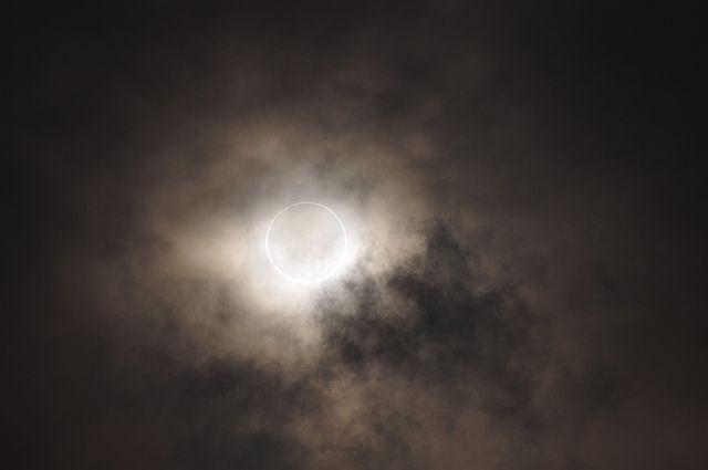file264_2 金冠日食 天象の刻印 Ⅱ  DSC_8924_1_L  .jpg
